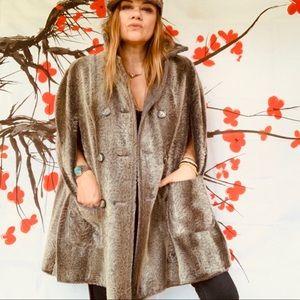 Vintage grey reversible faux fur cape 70s